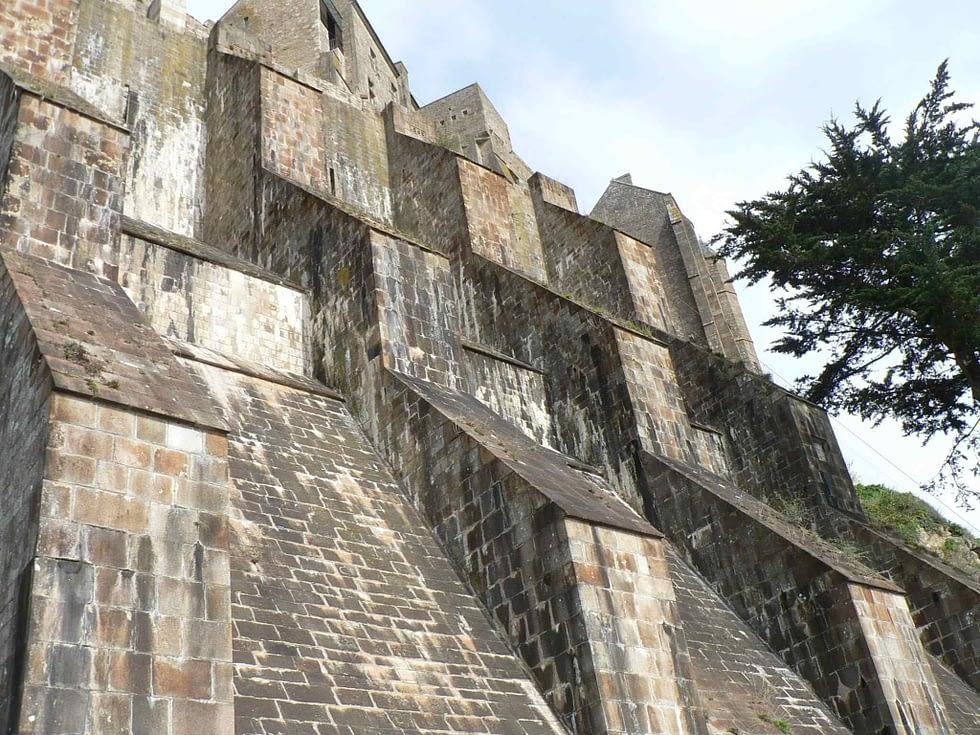 Remparts Mont Saint Michel